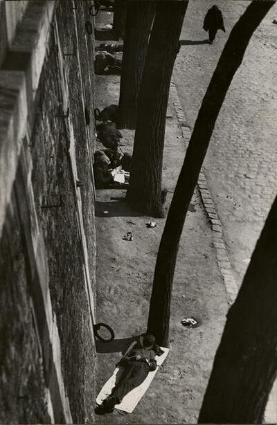 André Kertész, 'Siesta, Pont-au-Change, Paris', 1927