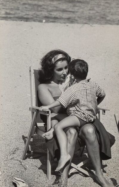 Burt Glinn, 'Elizabeth Taylor with her son Christopher on the set of 'Suddenly Last Summer'', 1959