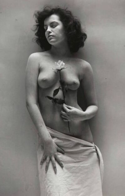 André de Dienes, 'Nude with Rose', 1945