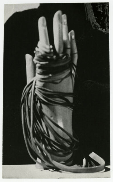 Man Ray, 'Main Ray', 1936