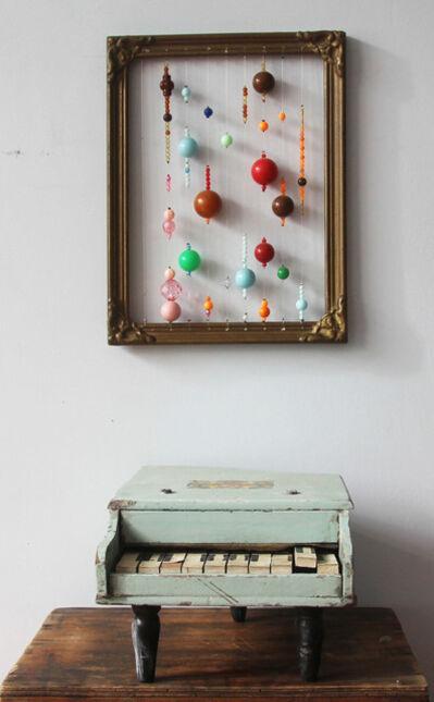Gaba de Dios, 'Gaba de Dios Partitura para cajita musical, 2019  Perlas plásticas enhebradas sobre marco antiguo y pianito de madera, 50 x 21 cm Plastic pearl string beads on antique frame and little wooden piano U$S 1300 ', ca. 2019