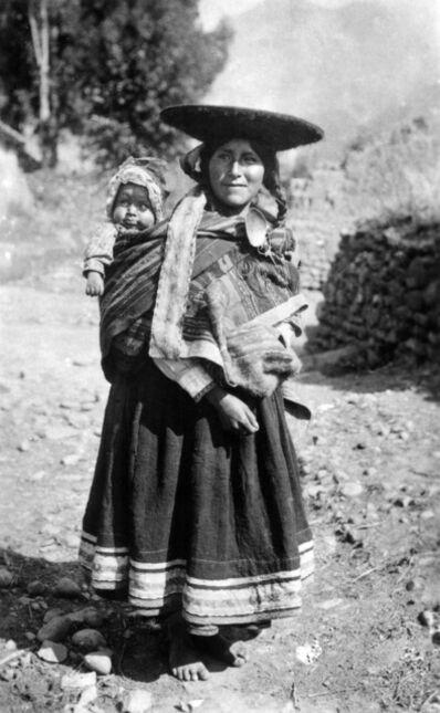 Martín Chambi, 'Inseparables compañeros / Inseparable Companions, Puno, Peru', 1930s