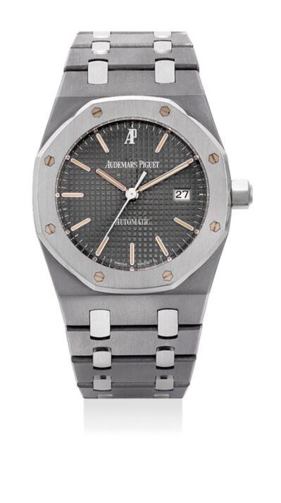 Audemars Piguet, 'A fine and rare stainless steel and tantalum automatic wristwatch with center seconds, date and bracelet', 1997