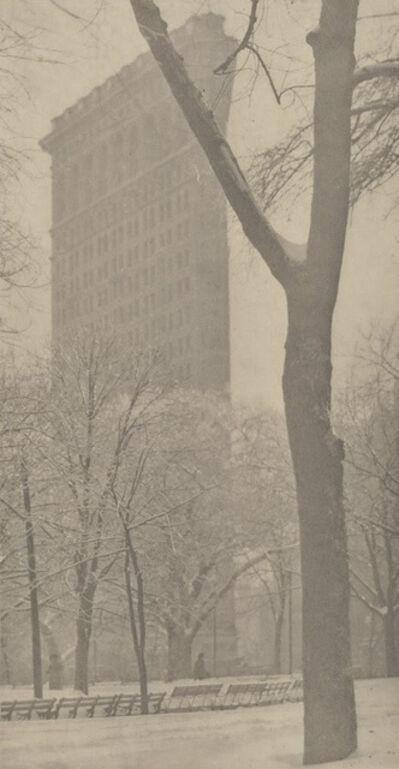 Alfred Stieglitz, 'Flatiron Building', 1903