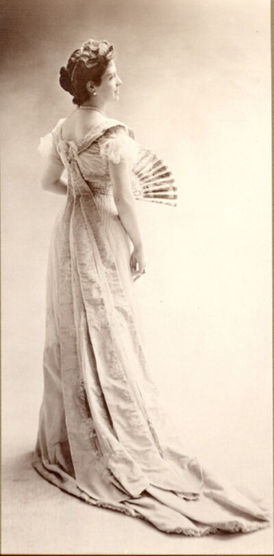 Nadar, 'Thora van Loon-Egidius, ca. 1900 © Studio Nadar / Courtesy Museum van Loon', 1900