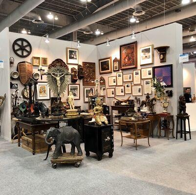 HQ Antiguedades y Coleccionables at ZⓈONAMACO 2020, installation view