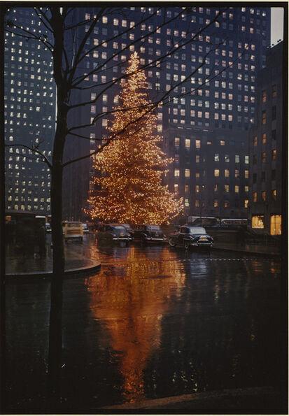 Alfred Eisenstaedt, 'Rockefeller Center Christmas Tree, NYC', 1950/1990c