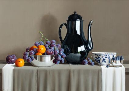 Tony de Wolf, 'Reflected Grapes in Black Teapot'