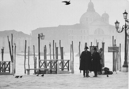 Uliano Lucas, 'Venezia: Carabinieri a Piazza S. Marco', years 1970