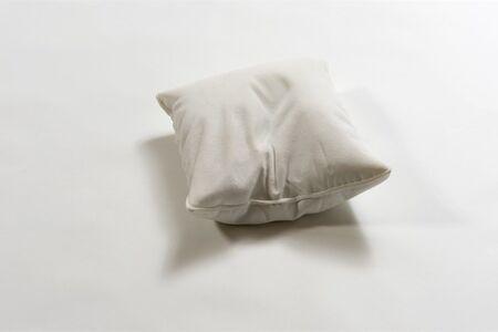 Kim De Ruysscher, 'Pillow'