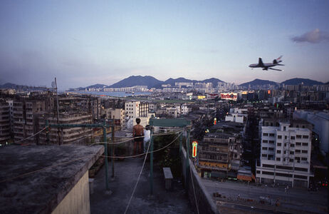 Greg Girard, ''Rooftop and Plane' Hong Kong', 1989