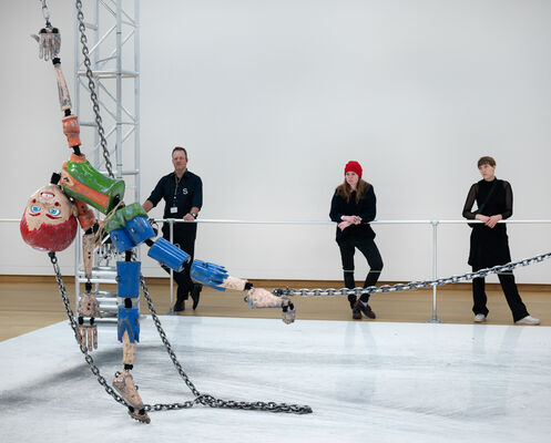 Jordan Wolfson: MANIC/LOVE/TRUTH/LOVE, installation view