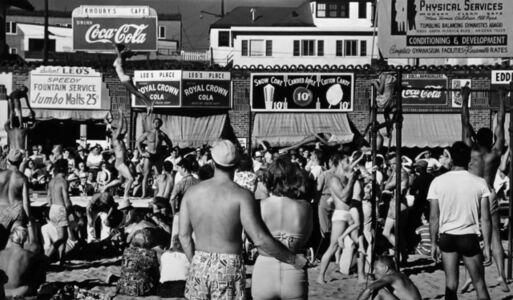 Max Yavno, 'Muscle Beach, Los Angeles', 1949