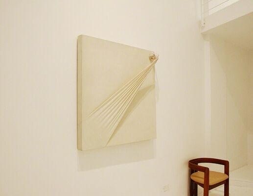 Jorge Eielson. Bridging the gap, installation view
