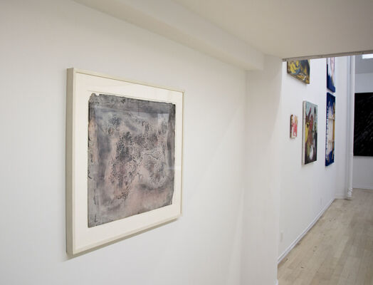 Double X, installation view