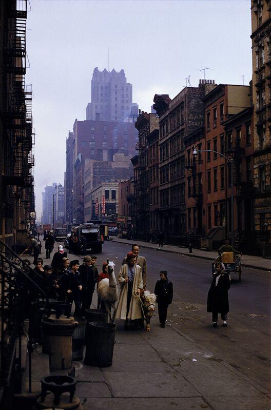 Inge Morath, 'New York City', 1957, Photography, Pigment print on Hahnemuehlepaper, °CLAIRbyKahn Galerie