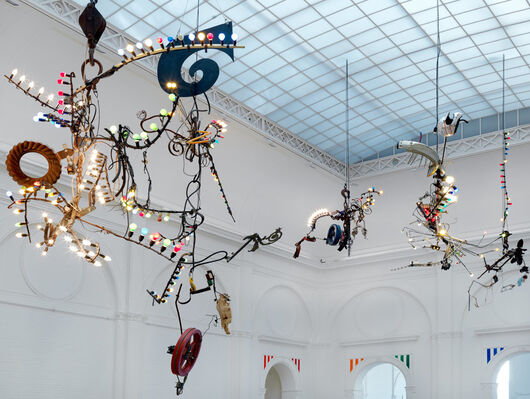 Jean Tinguely - Machine Spectacle, installation view