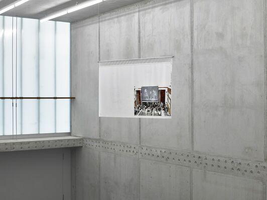 DIERK SCHMIDT - Broken Windows 6.3, installation view