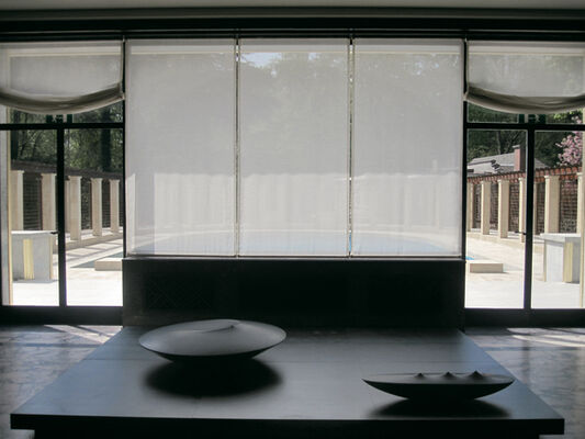 "Armen Agop ""Emergence"", installation view"