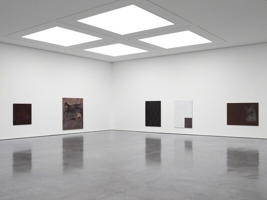 Sergej Jensen: Moneybags, installation view
