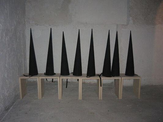 Santiago Sierra - Los Anarquistas, installation view