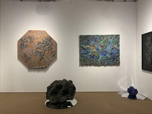 VK Gallery at Palm Beach Modern + Contemporary 2020, installation view