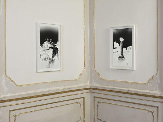 Vera Lutter - Paestum, installation view