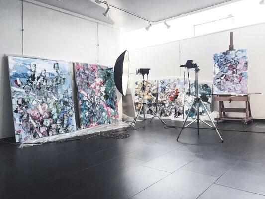 ZHANG HE   new paintings, installation view