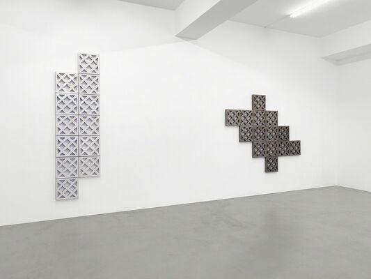 Bettina Pousttchi - Ceramics, installation view