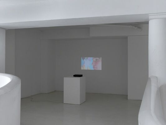 Lothar Hempel | Working Girl, installation view