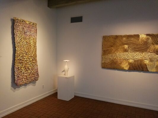 Olga de Amaral and Ruth Duckworth: Building on Beauty, installation view