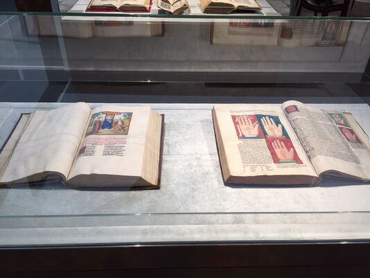 Dr. Jörn Günther Rare Books at Frieze Masters 2019, installation view