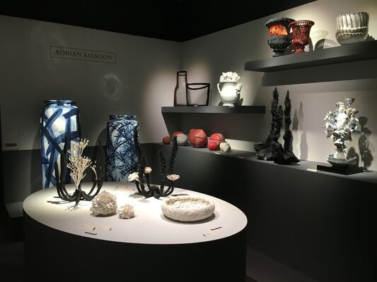 Adrian Sassoon at TEFAF New York Spring 2019, installation view
