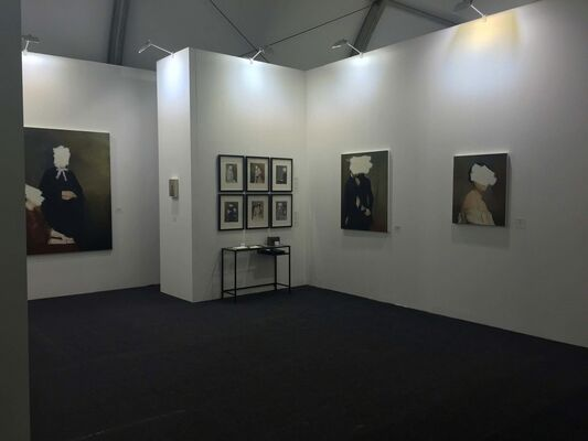 bo lee gallery at Art Central 2016, installation view