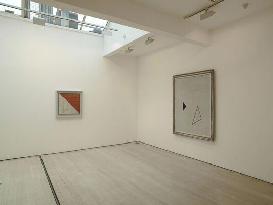 Friedrich Vordemberge-Gildewart, installation view