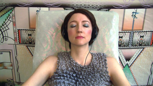 Shana Moulton, ''MindPlace ThoughtStream'', 2014
