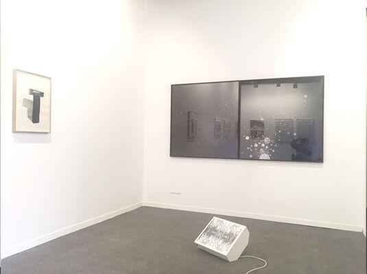 Moisés Pérez De Albéniz at ARCOlisboa 2018, installation view