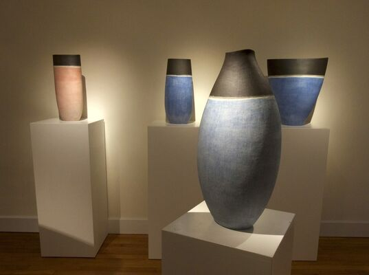Earth From Sky : Stoneware Works By Mitsukuni Misaki, installation view