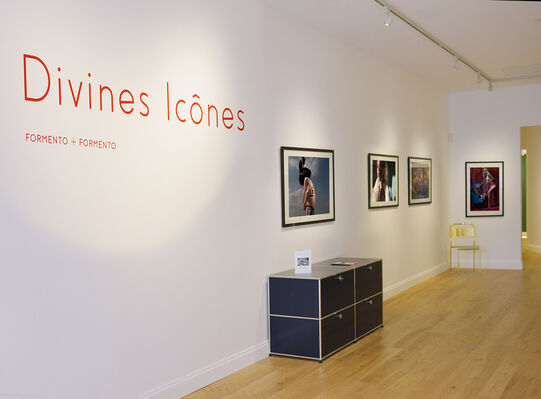 DIVINES ICÔNES, Formento & Formento, installation view