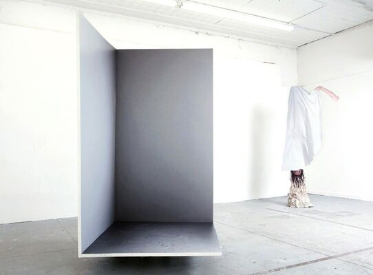 REAL THINGS, installation view
