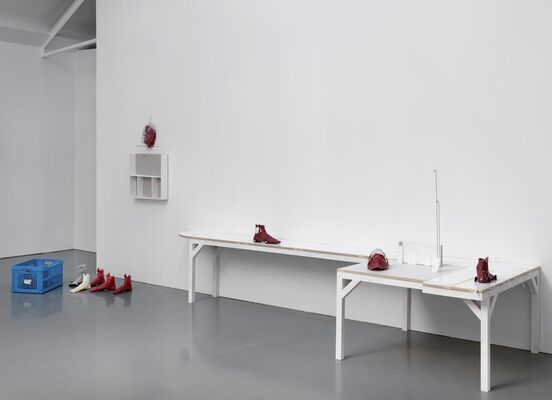 Win McCarthy, Gridlock Person, installation view