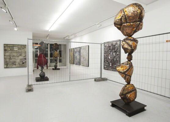 Hunky Dory Honky Tonk, installation view