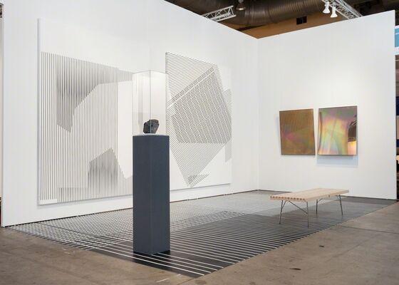 DITTRICH & SCHLECHTRIEM at EXPO CHICAGO 2016, installation view