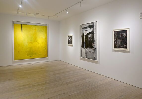 Julius Tobias: Capturing Space, Paintings from the 50s & 60s, installation view
