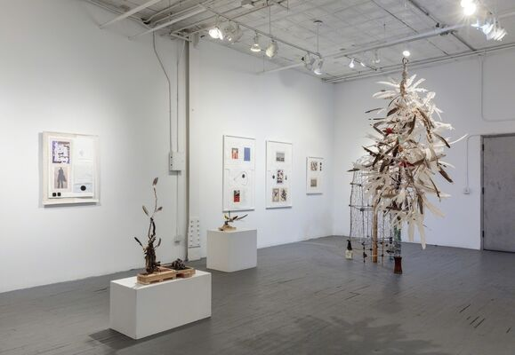 The Big Picture, One Halo, Sculptures and Drawings by Arthur Simms, installation view