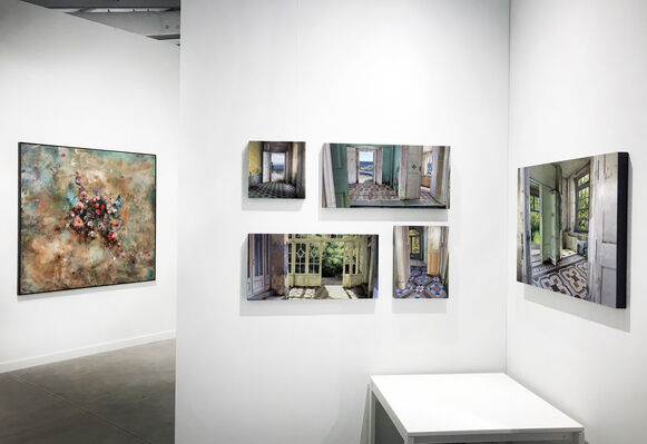 Pontone Gallery at Art Miami 2019, installation view