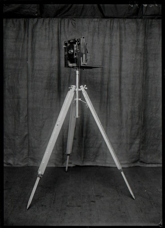 Rodolphe A. Reiss, 'Demonstration of the Metric photography of Bertillon with a Body that Simulates a Corps', 1925, Photography, Nederlands Fotomuseum