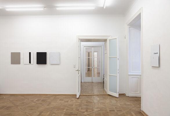 HEINRICH DUNST - About A B order, installation view