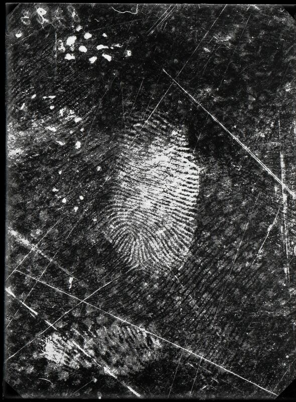 Rodolphe A. Reiss, 'Fingerprints found on oilcloth, Jost Grand-Chêne case, Lausanne, 25 November', 1915, Photography, Nederlands Fotomuseum