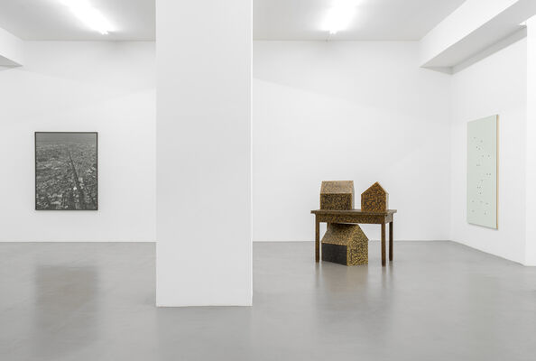 On Landscape – Balthasar Burkhard, Tony Cragg, Alberto Garutti, Joel Sternfeld, installation view